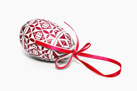 red easter egg with bow