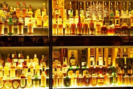 scotch whisky: EDINBURGH, SCOTLAND - JULY 10:  Diageo Claive Vidiz collection, the largest Scotch Whisky collection in the world on July 10, 2012 in Edinburgh, Scotland, UK Editorial