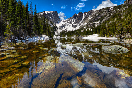 Dream Lake at the Rocky Mountain National Park, Colorado, USA 스톡 콘텐츠
