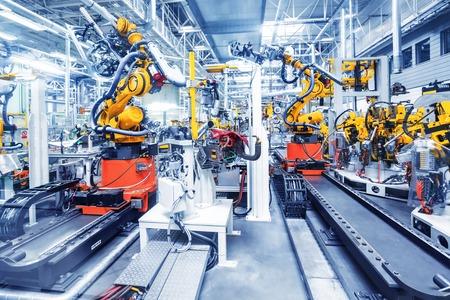 自動車工場のロボット アーム 写真素材
