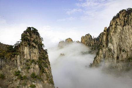 dangerously: Mount Huangshan Anhui scenery