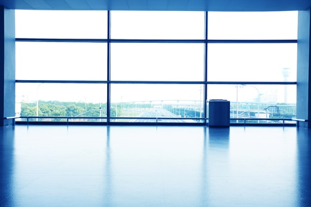bureau de l'intérieur avec paroi en verre