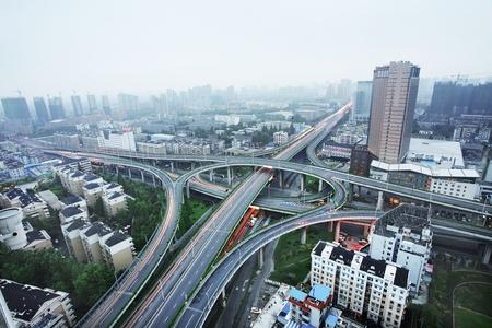 flyover: Een weg kruising bij Hangzhou