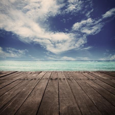 plate-forme à côté de la mer Banque d'images