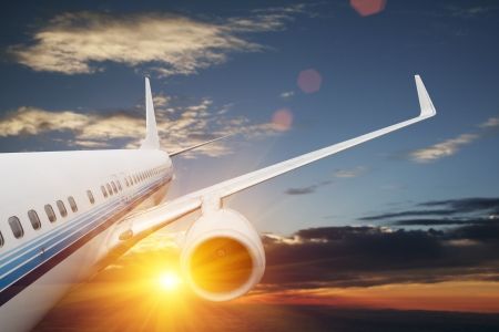 jetliner: Big airplane in the sky