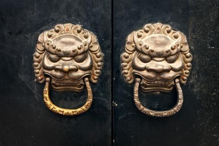 antique oriental door knocker Stock Photo - 17332877
