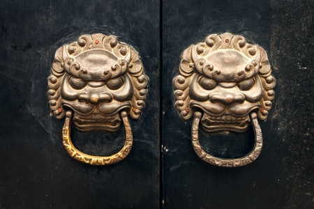 antique oriental door knocker Stock Photo - 17332877