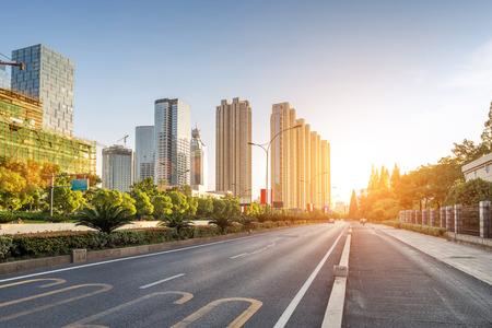 empty street in modern city 新聞圖片