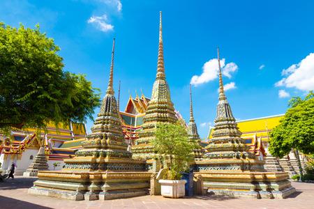 stupas: ancient buddism stupas
