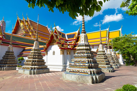 stupas: antichi stupa Buddismo