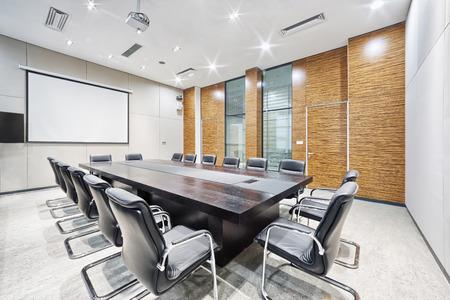 sala de reuniones: moderna sala de reuni�n de la oficina de interiores y decoraci�n