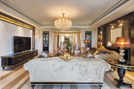 decoracion mesas: Interior de la sala de estar de lujo