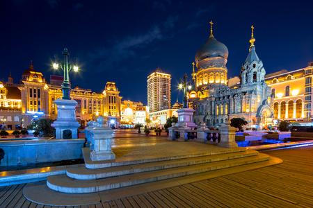 beroemde Harbin Sophia Cathedral in de nacht van square Stockfoto
