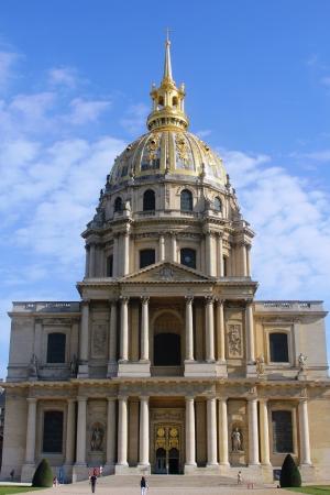 Les Invalides in Paris, chapel Saint Louis des Invalides Stock Photo - 15781127