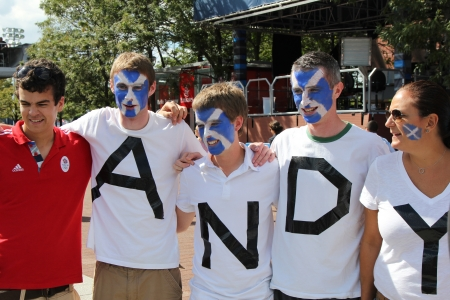 grand hard: FLUSHING, NY - SEPTEMBER 10:  Andy Murrays  fans ready for final match at US OPEN 2012  at Billie Jean King National Tennis Center on September 10, 2012 in Flushing, NY