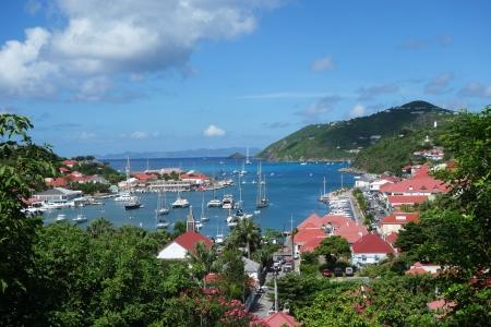 グスタビアの港、St Barths フランス領西インド諸島
