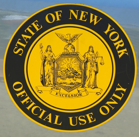 New York State official use only sign placed on the state vehicle