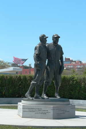 dodgers: BROOKLYN, NY - JULY 30  Jackie Robinson and Pee Wee Reese Statue in Brooklyn in front of MCU ballpark on July 30, 2013  42 is an upcoming 2013 Hollywood film about baseball player Jackie Robinson