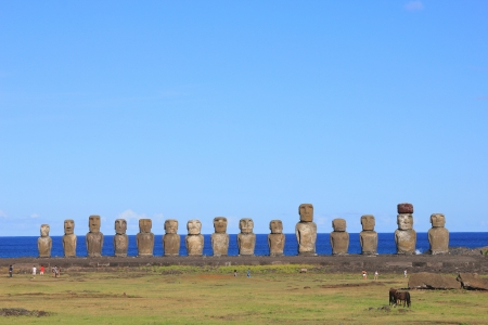 The famous fifteen moai at Ahu Tongariki, Easter Island  Stock Photo - 23080151