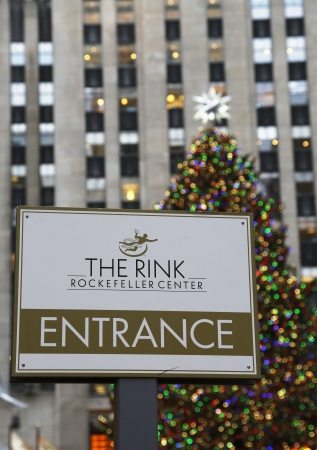 iceskating: NEW YORK - DECEMBER 19   Entrance to ice-skating rink at the Lower Plaza of Rockefeller Center in Midtown Manhattan on December 19, 2013  Ice-skating began since Christmas Day in 1936