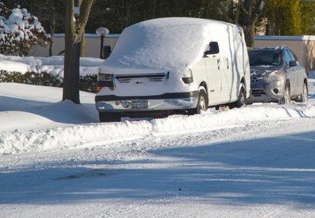 janus: BROOKLYN, NEW YORK - JANUARY 22  Car under snow on January 22, 2014 in Brooklyn, NY after massive Winter Storm Janus strikes Northeast  Foot of snow hits NYC as Northeast reels from Winter Storm Janus