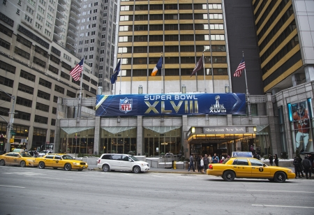 super bowl: NEW YORK - JANUARY 26  Sheraton New York welcomes visitors during Super Bowl XLVIII week in Manhattan on January 26, 2014 Editorial
