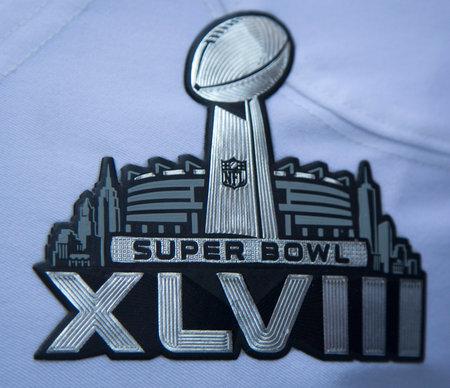 seahawks: NUEVA YORK - 30 de enero del Super Bowl XLVIII logotipo en Seattle Seahawks uniforme del equipo presentado durante el Super Bowl XLVIII semana en Manhattan el 30 de enero 2014