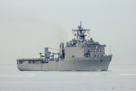 NEW YORK - MAY 21  USS Oak Hill dock landing ship of the United States Navy during parade of ships at Fleet Week 2014 on May 21, 2014 in New York Harbor Stock Photo - 28519413