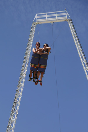 bandy: BROOKLYN, NEW YORK - JUNE 15  Unidentified participants during bandy jump at Boardwalk flight ride at Coney Island Luna Park in Brooklyn on June 15, 2014
