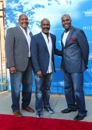 vangelo aperto: NEW YORK - 25 AGOSTO 3 Winans Brothers, Grammy-Award-Winning artisti gospel, 2014 US Open cerimonia di apertura Inno Nazionale Cantanti al tappeto rosso il 25 agosto 2014 a New York