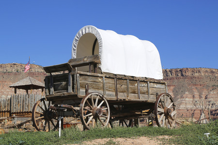 wagon wheel: Western wagon