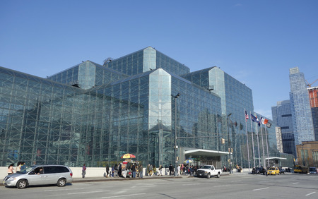 NEW YORK - DECEMBER 1: Javits Convention Center in Manhattan on December 1, 2014. The convention center has a total area space of 1,800, 000 square ft and has 840,000 square ft of total exhibit space Redakční