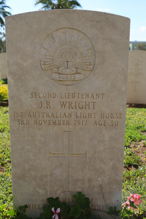 lieutenant: BEER SHEBA, ISRAEL - NOVEMBER 28: Gravestone of fallen 1st Australian Light Horse second lieutenant at Beer Sheba War Cemetery on November 28, 2014