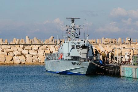 mk: Herzliya, Israel - 25 de noviembre: Israel Navy Patrol Boat S�per Dvora Mk III en Herzliya Marina el 25 de noviembre 2014