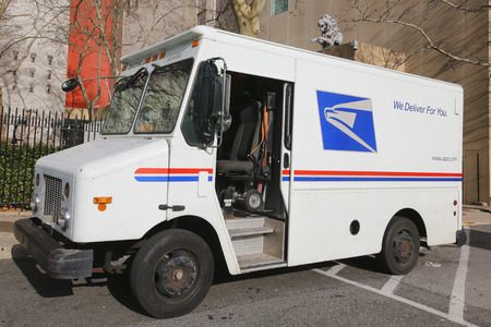 BROOKLYN, NEW YORK - DECEMBER 12: United States Postal Service truck in Brooklyn on December 12, 2014. USPS is the operator of the largest civilian vehicle fleet in the world Redakční