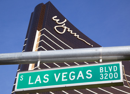 las vegas  nevada: LAS VEGAS, NEVADA - MAY 9, 2014: Las Vegas Boulevard sign naer  The Wynn Hotel and Casino in Las Vegas. The US$2.7 billion resort is named after casino developer Steve Wynn
