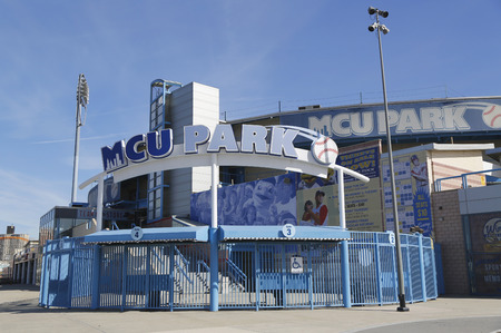 dodgers: BROOKLYN, NY - MARCH 19, 2015: MCU ballpark a minor league baseball stadium in the Coney Island section of Brooklyn, the home team is the New York Mets - affiliated Brooklyn Cyclones