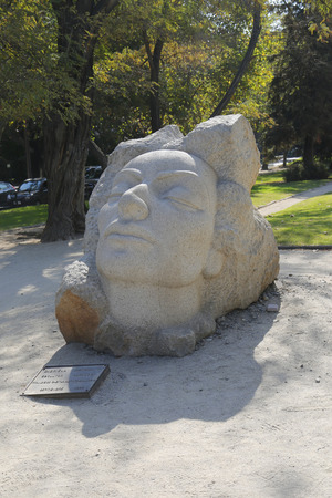 nobel: SANTIAGO DE CHILE -APRIL 12, 2015:Statue of Chilean poet Gabriella Mistral in Santiago de Chile. She was the first Latin American and only Ibero-American woman to receive the Nobel Prize in Literature