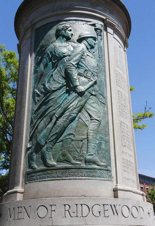 BROOKLYN NEW YORK  JUNE 1 2014: Ridgewood War Memorial in Brooklyn NY. Memorial dedicated on Memorial Day 1923 honors Ridgewood residents who died during World War I 19141918 에디토리얼