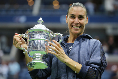 billie: NEW YORK - SEPTEMBER 12, 2015:US Open 2015 champion Flavia Pennetta of Italy during trophy presentation after women s final match at US OPEN 2015 at Billie Jean King National Tennis Center in New York