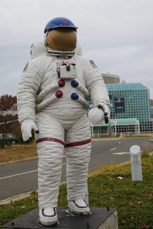 space suit: GARDEN CITY, NEW YORK - NOVEMBER 5, 2015: NASA space suit on display in the front of the Cradle of Aviation Museum in Garden City