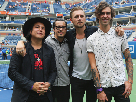 grand kid: NEW YORK - AUGUST 29, 2015:  American indie rock band American Authors participates at Arthur Ashe Kids Day 2015 at Billie Jean King National Tennis Center in New York Editorial