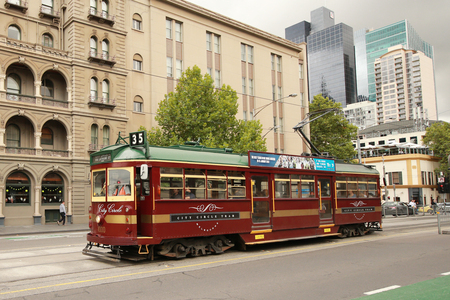 MELBOURNE, AUSTRALIA - JANUARY 28, 2016: Vintage W class tram in City Circle service.This free tram aimed mainly for tourists running around the central business district of Melbourne, Australia Redakční