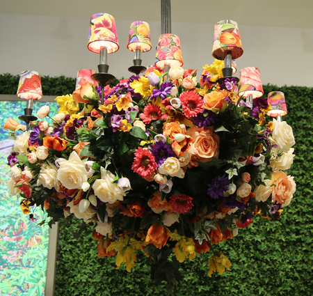 herald: NEW YORK - MARCH 22, 2016: Lenox by Mello Tablescape flower decoration during famous Macy s Annual Flower Show in the Macy s Herald Square in midtown Manhattan