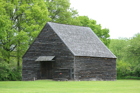 the 19th century: 19th Century barn in New York State