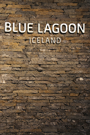 therapy geothermal: ICELAND -JULY 6, 2016: Sign at the famous Blue Lagoon Geothermal Spa in Iceland.  The Blue Lagoon geothermal spa is one of the most visited attractions in Iceland