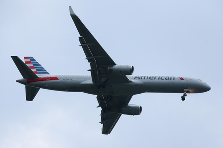 NEW YORK - JULY 28, 2016: American Airlines Boeing 757 descending for landing at JFK International Airport in New York