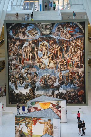 NEW YORK - JULY 16, 2017: Michelangelo's Sistine Chapel Up Close exhibition by Westfield taking place at the World Trade Center Oculus in New York Éditoriale