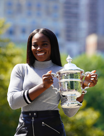 grand hard: NEW YORK CITY - SEPTEMBER 10, 2017: US Open 2017 champion Sloane Stephens of United States posing with US Open trophy in Central Park Editorial