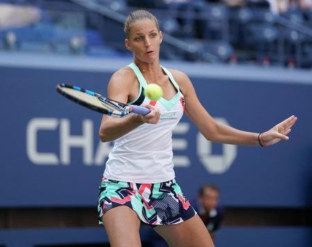 grand hard: NEW YORK - SEPTEMBER 4, 2017: Professional tennis player Karolina Pliskova of Czech Republic in action during her round four match at US Open 2017 at Billie Jean King National Tennis Center